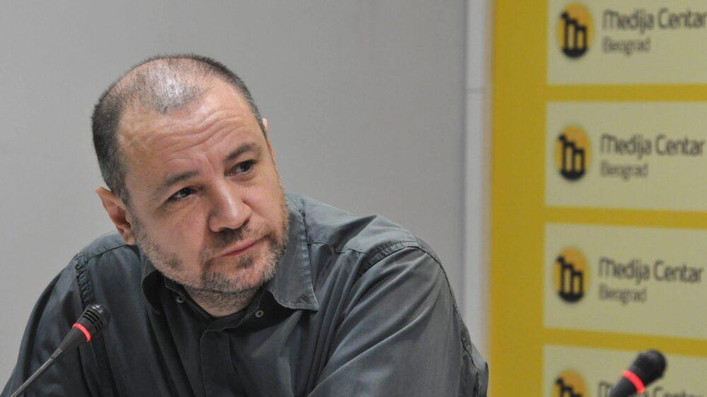 Vuk Cvijić: Ministar Vulin se više bavi novinarima nego kriminalcima 13
