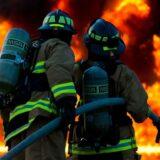 Požar u Beogradu, vatra bukti na Paliluli 10