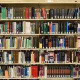 Uprava Srbije za izvršenje krivičnih sankcija donirala 100 knjiga zatvorima u Turskoj 1