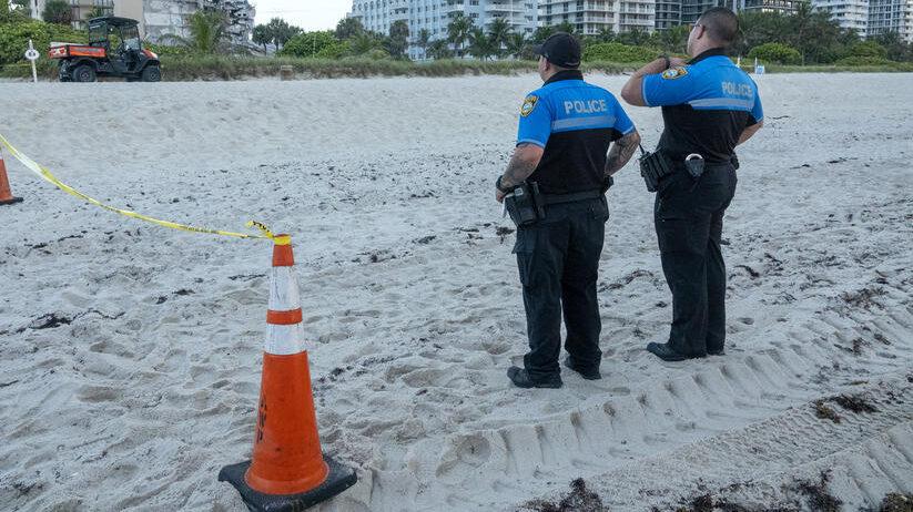 Obalska straža istovarila zaplenjenu drogu vrednu 1.4 milijarde dolara u Floridi 13