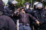 U Berlinu održani protesti protiv novih kovid mera, oko 500 uhapšenih u sukobu sa policijom (FOTO) 7
