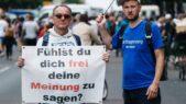 U Berlinu održani protesti protiv novih kovid mera, oko 500 uhapšenih u sukobu sa policijom (FOTO) 9