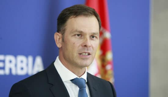 Srbija po prvi put emitovala zelenu evroobveznicu 11