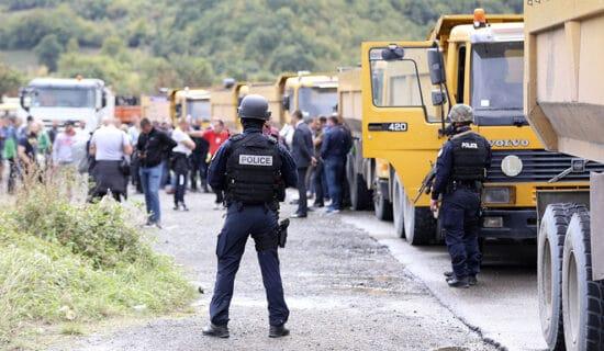 """RSE : Na barikade na severu """" po službenoj obavezi"""" 13"""