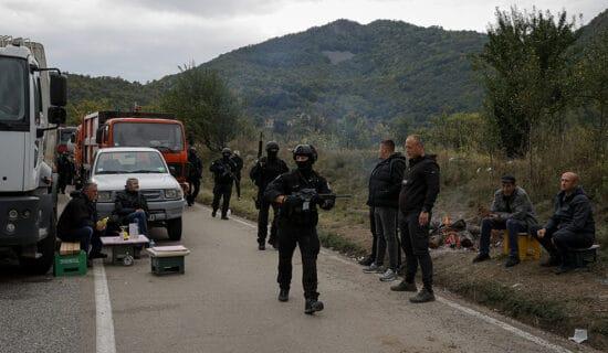 Bogdanović: Barikade smetaju samo Srbima 13