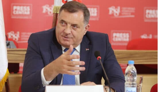 Dodik iz Budimpešte odgovorio na Komšićevo obraćanje u Njujorku: To je njegova privatna piča 13