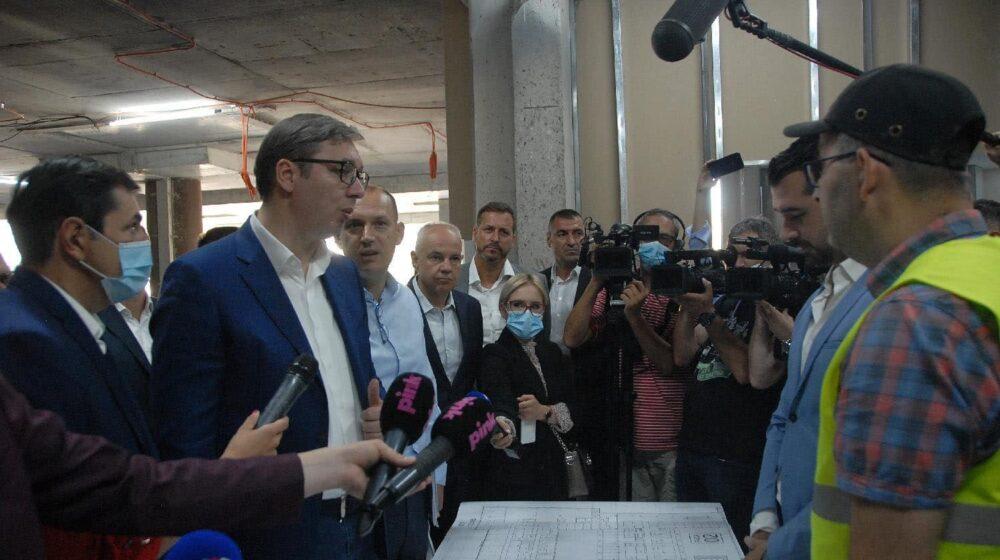 Obračuni Vučića sa novinarima postali deo dnevne rutine 1