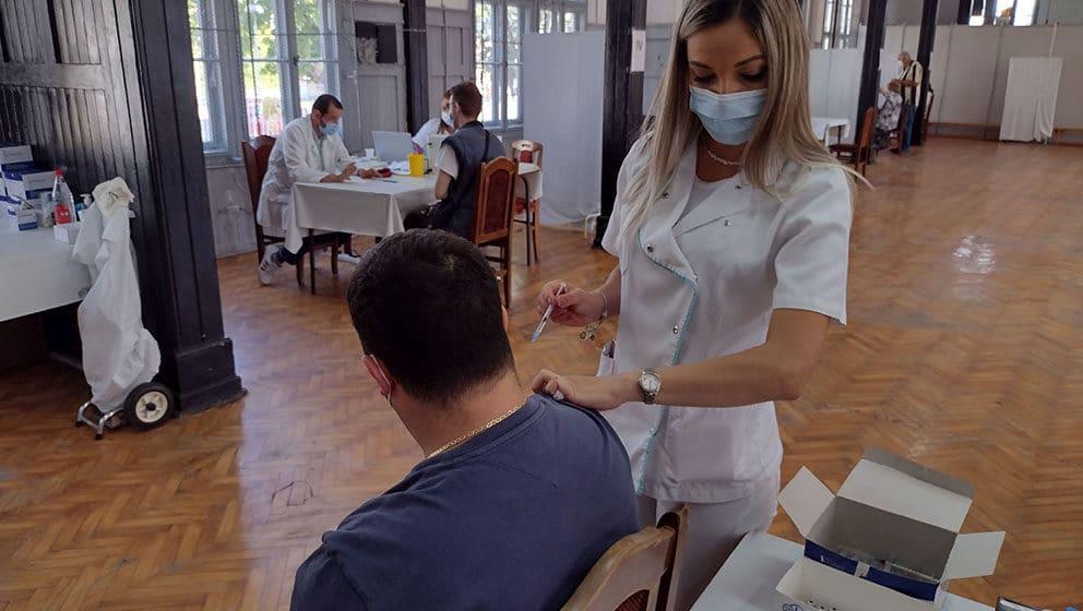 Novi kovid dokumenti - birokratsko zamajavanje ili način da se poveća broj vakcinisanih? 1