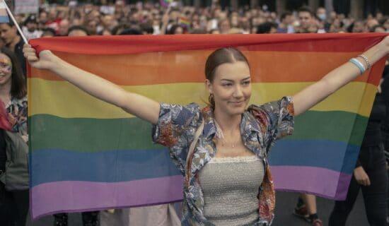 LGBT i Srbija: Beogradski Prajd prošao mirno, učesnici tražili usvajanje Zakona o istopolnim zajednicama 11