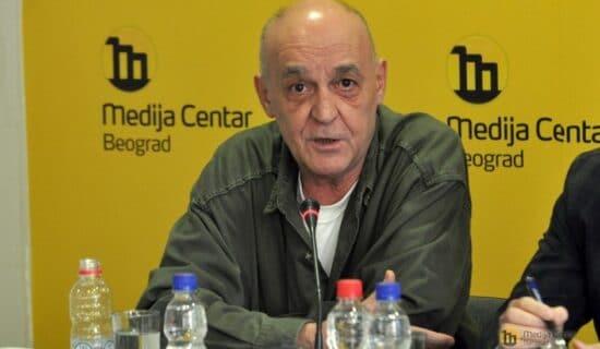 Mediji u Srbiji: Preminuo novinar Miloš Vasić, jedan od osnivača nedeljnika Vreme 12