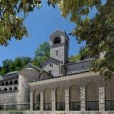 Odbijen zahtev da se Cetinjski manastir prepiše na SPC 2