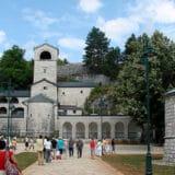 Skupština Cetinja: Vlada da povuče akt o Cetinjskom manastiru 5