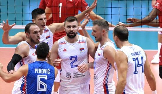 Odbojkaši Srbije poraženi od Italije u polufinalu EP, sledi borba za bronzu protiv Poljske 12