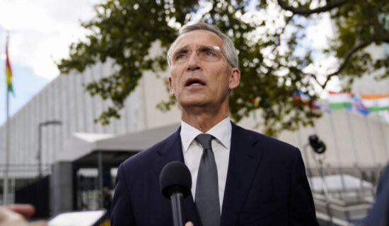 Stoltenberg: NATO članice moraju biti jedinstvene uprkos neslaganju oko podmornica 13