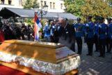 Posmrtni ostaci generala Stratimirovića preneti u Sremske Karlovce 7