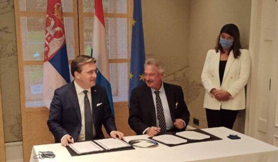 Selaković: Aselborn pohvalio ono što Srbija radi na društvenom i ekonomskom planu 13