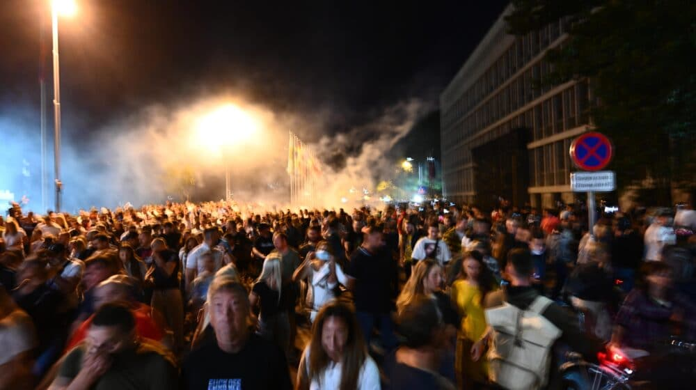 Na protestu u centru Ljubljane oko osam hiljada ljudi, ministar krivi opoziciju 1