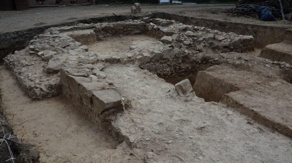 Završena prva sistematska arheološka iskopavanja rimskog utvrđenja Gerulata na Miroču 1