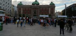 Antiglobalistički skup u Beogradu: Protiv prisilne vakcinacije i propusnica 10
