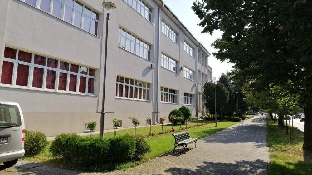 Borski okrug: Nastava u svim osnovnim i srednjim školama po prvom modelu 1