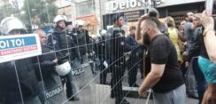 Antiglobalistički skup u Beogradu: Protiv prisilne vakcinacije i propusnica 4