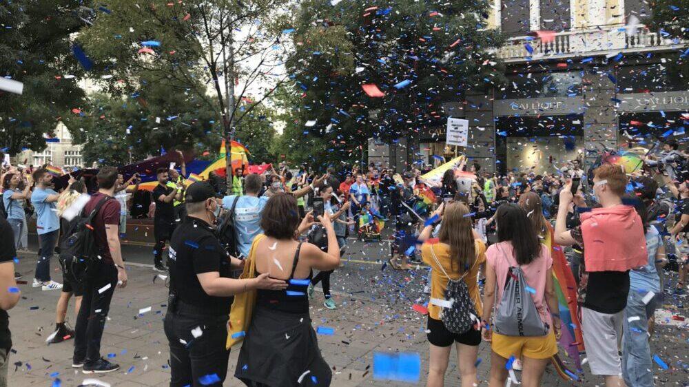 Nekoliko hiljada učesnika na Prajdu u Beogradu, Bekvalac: I ja sam deo LGBT zajednice 13