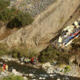 U Peruu autobus pao u provaliju, najmanje 29 mrtvih 5