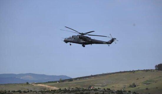 RTS: Helikopteri Vojske Srbije nadletali Jarinje 13