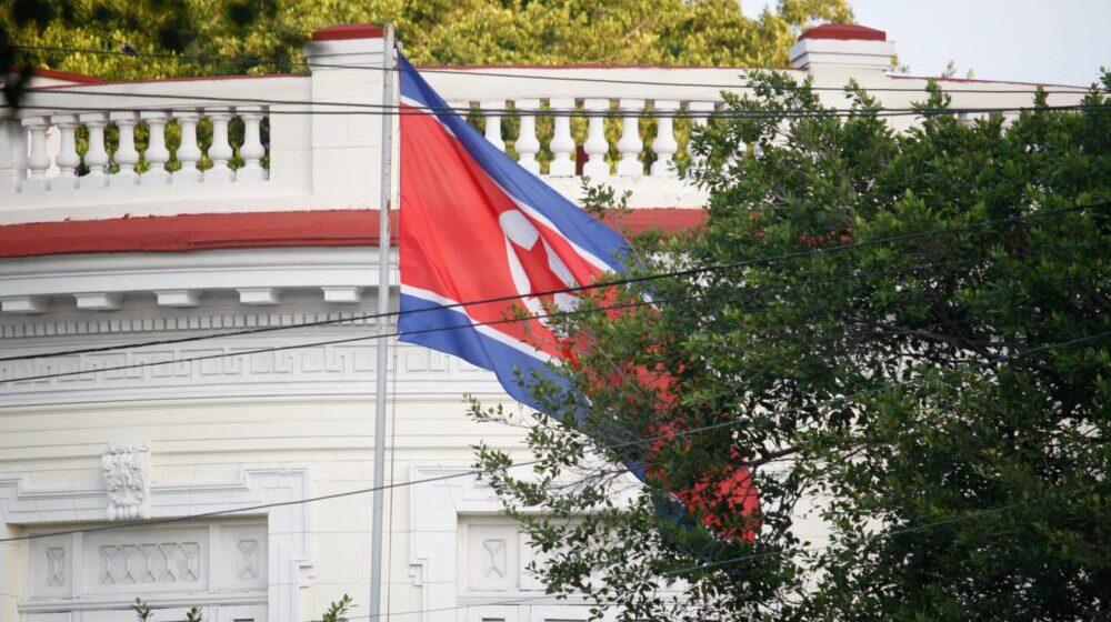 Južna Koreja pozvala Severnu da ponovo otvori direktne linije komunikacije 1