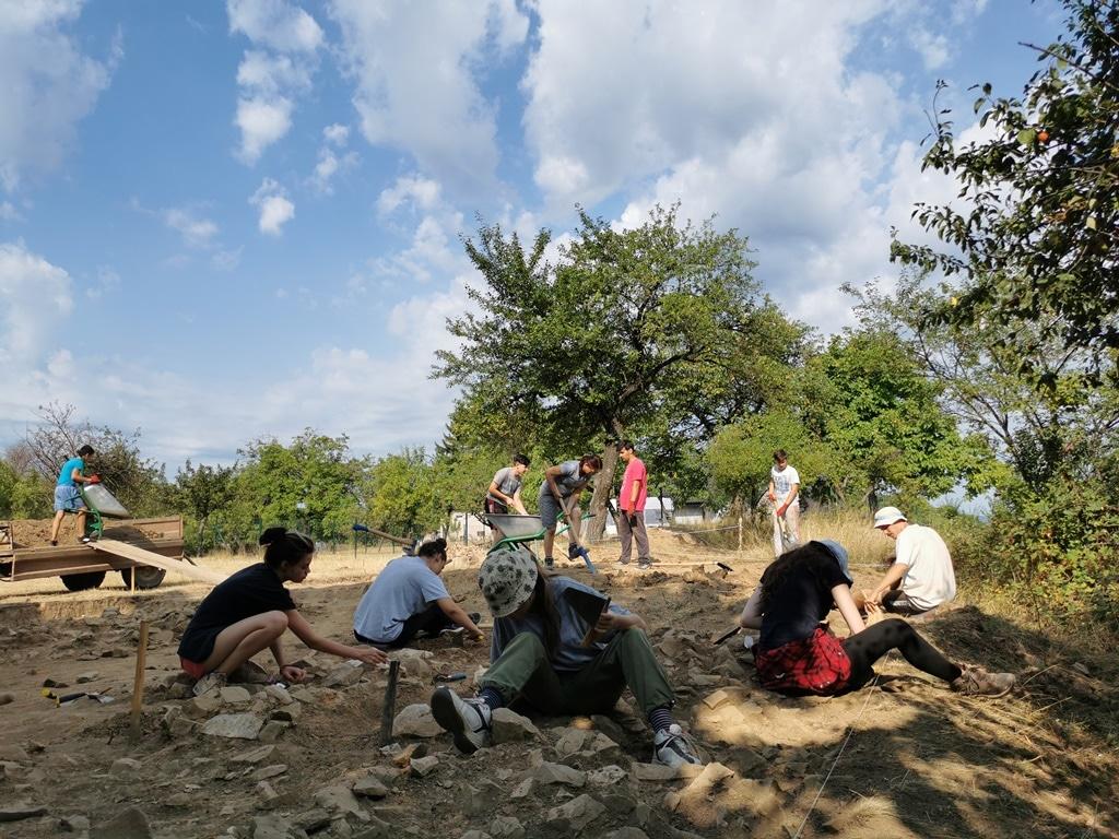 Završena prva sistematska arheološka iskopavanja rimskog utvrđenja Gerulata na Miroču 2