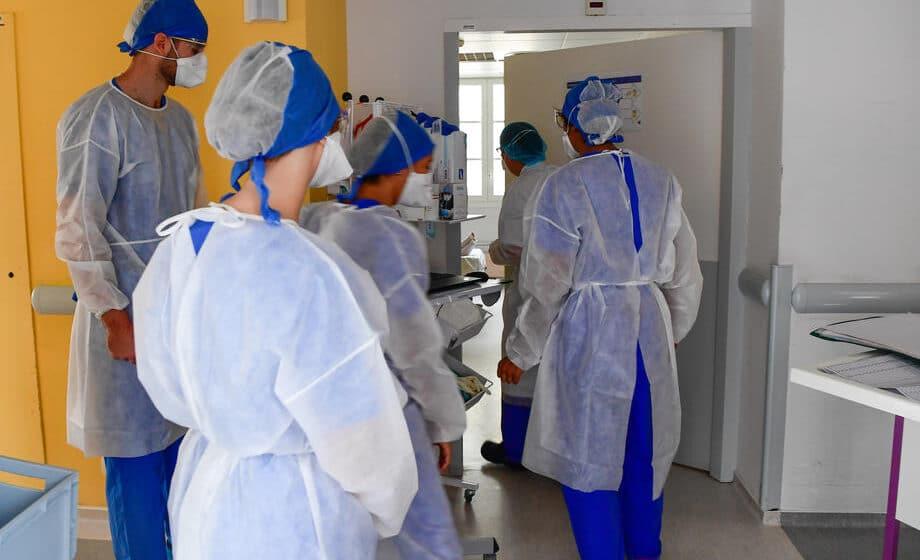 Francuska suspendovala 3.000 nevakcinisanih zdravstvenih radnika 1