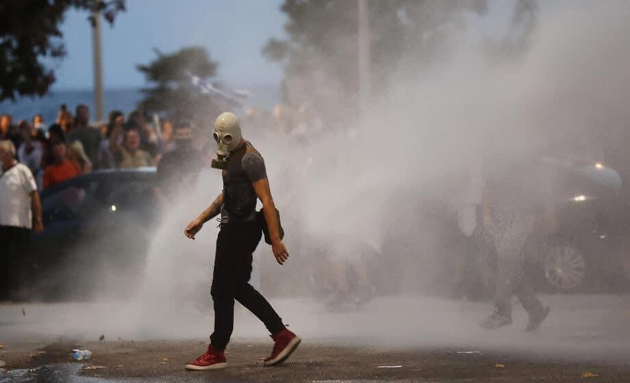 Policija u Madridu zatekla neprijavljeni skup od 25.000 studenata 1