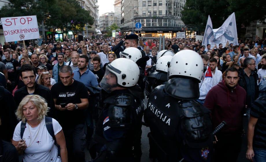 Antiglobalistički skup u Beogradu: Protiv prisilne vakcinacije i propusnica 1