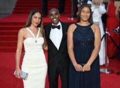 Glumci, predstavnici kraljevske porodice na premijeri novog filma o Džejmsu Bondu (FOTO) 11