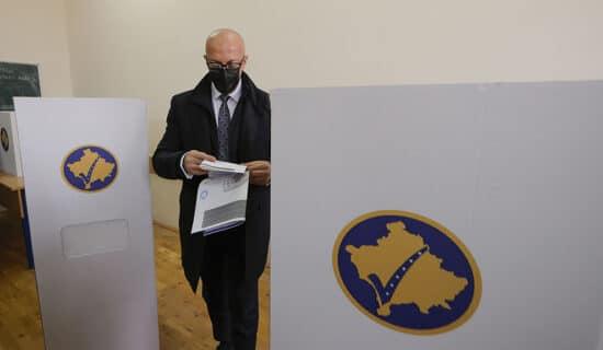CIK: Prebrojavanje glasova za gradonačelnike i odbornike u nekoliko opština na Kosovu 13