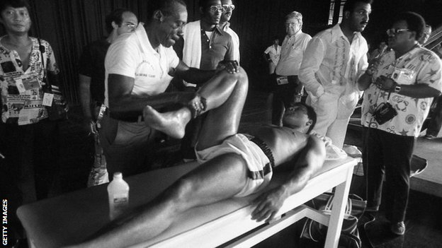 Ali lost to Frazier in 1971 but beat him in 1974 and in Manila in 1975