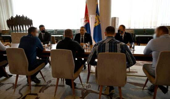 Ministar Vulin nagradio pripadnike tima za borbu protiv droge iz Prijepolja 13