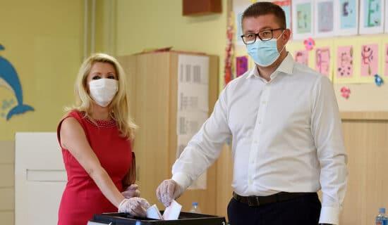 Uspeh opozicije u prvom krugu lokalnih izbora u Severnoj Makedoniji 7