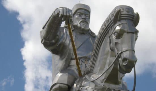 Mongolija (1): Slavni konjanik od čelika 13