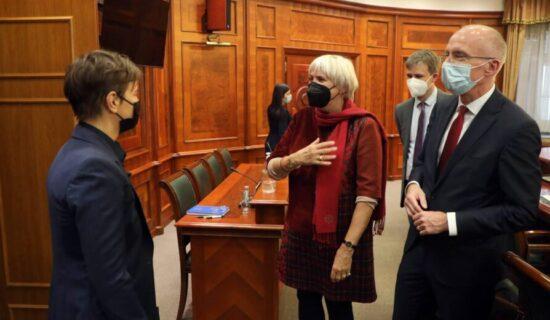 Potpredsednica Bundestaga: U Kragujevac idem da bi naglasila značaj zajedničkog sećanja 13