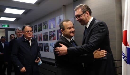 Vučić: Nastavlja se saradnja SNS-SPS 13