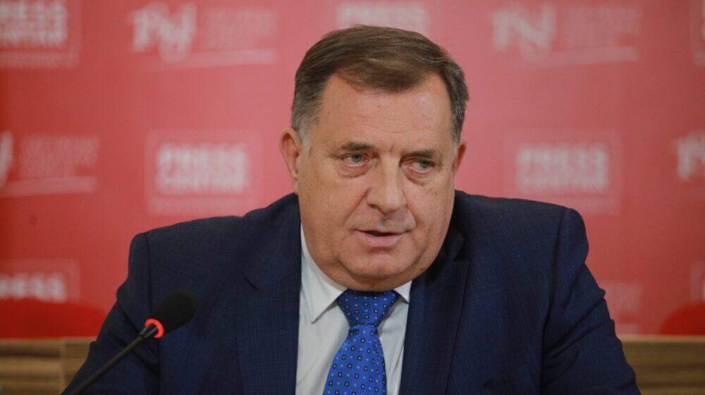 Na Dodikov poziv od 28 ambasadora u BiH odazvalo se njih jedanaest 1