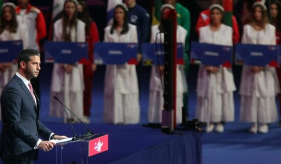 U Beogradu zvanično počelo Svetsko prvenstvo u boksu 13