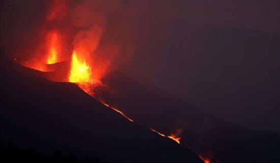 Španski premijer: Vlada će ubrzati pomoć hiljadama stanovnika ostrva La Palma 13