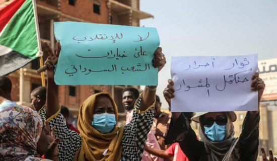 Nastavljene demonstracije nakon vojnog puča u Sudanu 13